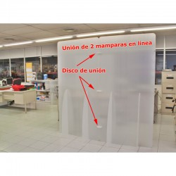 Mamparas protectoras grandes en oficina unidas en línea con discos de unión